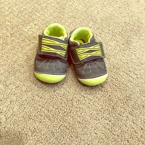 Stride Rite Soft Motion Booker Boys shoes